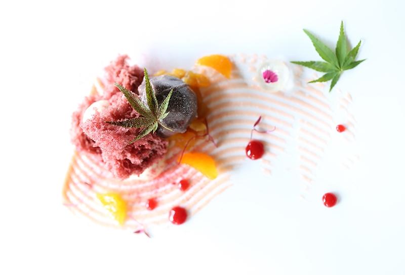 Dessert al piatto gourmet gustosissimo