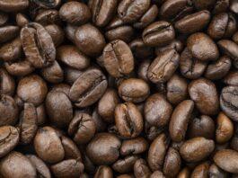 liquore al caffè fatto in casa